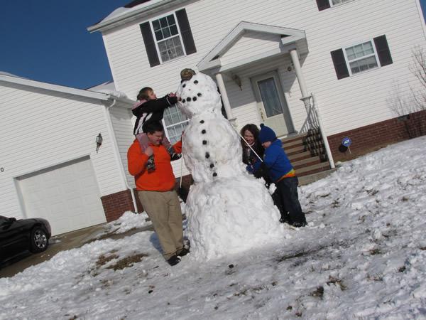 SnowmanBuilding